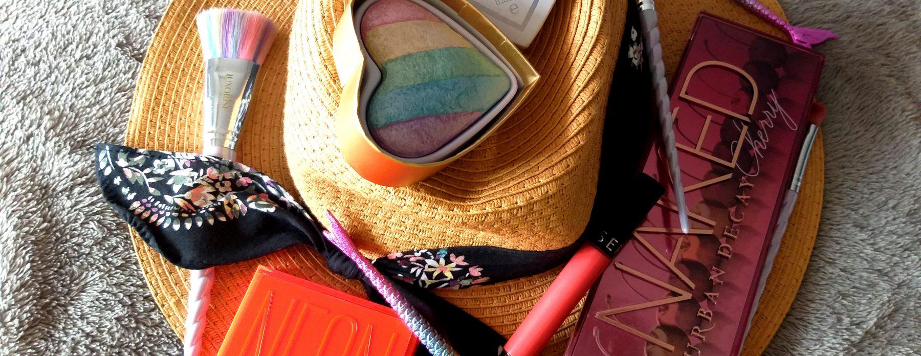 Vara e mai frumoasă în culori! Huda și Urban Decay, neon și cireșe estivale